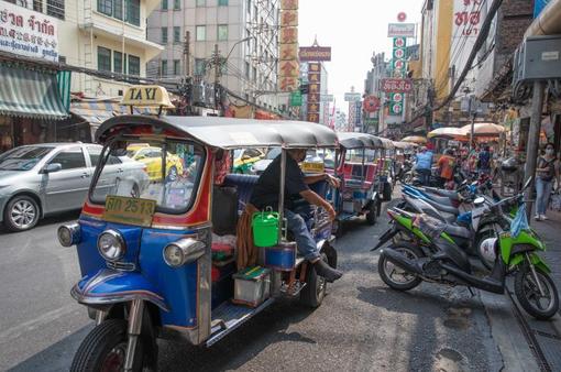 Dịch vụ xe chở khách tại Thái Lan khốn đốn vì dịch bệnh