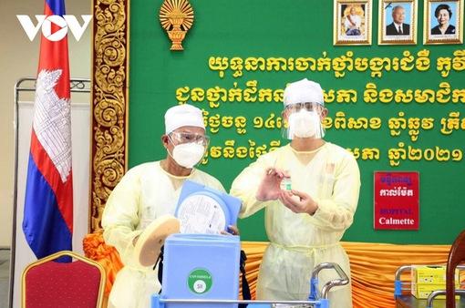 Campuchia cho phép doanh nghiệp tư nhân nhập vaccine COVID-19