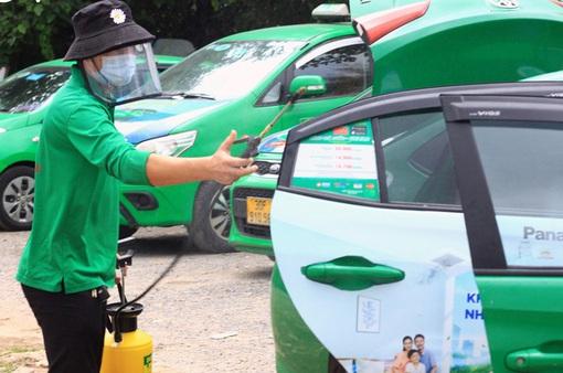 Hà Nội: 200 xe taxi được hoạt động để phục vụ đi lại cho người dân