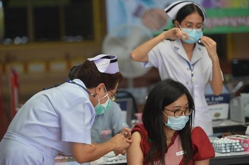 Số ca mắc mới và tử vong tại Thái Lan tăng kỷ lục