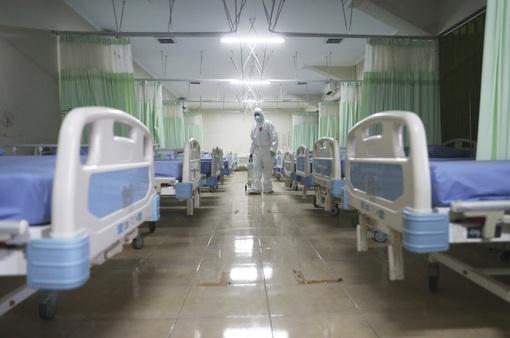 Singapore chuyển đổi điều trị COVID-19 theo hướng như bệnh cúm mùa