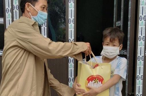 Hà Nội: Trích 3,18 tỷ đồng để hỗ trợ người nghèo gặp khó khăn vì COVID-19