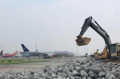 Cải tạo, nâng cấp Cảng hàng không Tân Sơn Nhất trong tháng 8/2021
