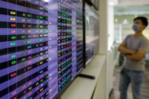 Vốn hóa trên sàn HOSE giảm hơn 15,6 tỷ USD trong tháng 7