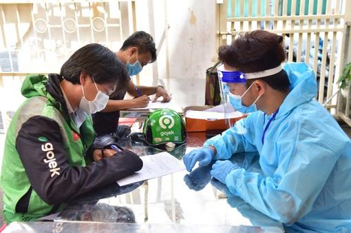 TP Hồ Chí Minh: Hàng nghìn shipper được tiêm vaccine COVID-19 trong đợt tiêm chủng đầu tiên