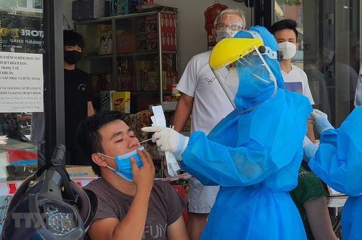 Số ca nhiễm COVID-19 tại TP Hồ Chí Minh đang giảm