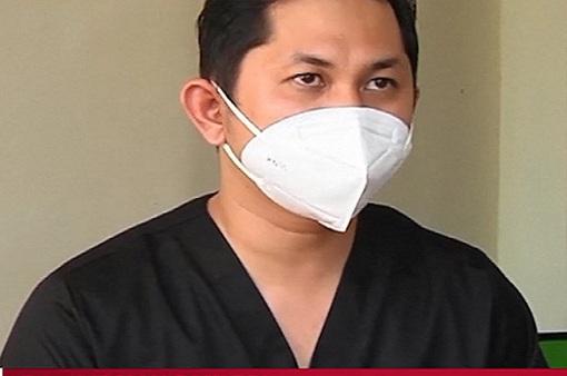 Bác sĩ Indonesia 2 lần mắc COVID-19 không rời tuyến đầu chống dịch
