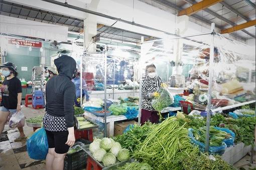 Thêm 14 chợ ở TP Hồ Chí Minh hoạt động trở lại