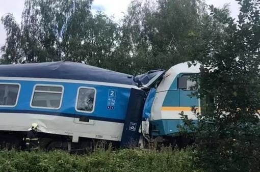 Tai nạn tàu hỏa tại Czech, 42 người thương vong