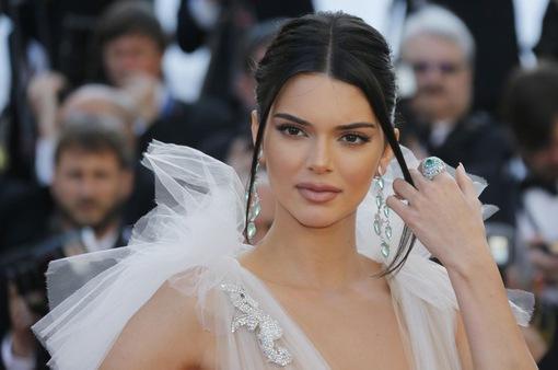 Thương hiệu Ý kiện Kendall Jenner vì vi phạm hợp đồng người mẫu