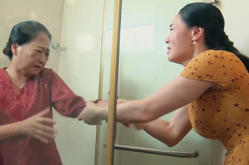 Hương vị tình thân phần 2 - Tập 8: Bà Xuân giằng co lỡ tay khiến mẹ chồng ngã