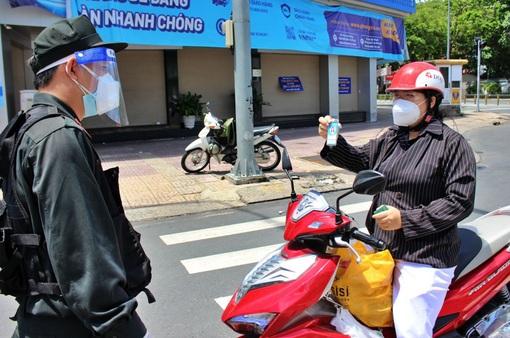 Những đối tượng nào ở TP Hồ Chí Minh không cần giấy đi đường từ nay đến 30/9?