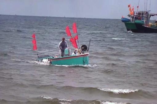 Ngư dân phấn khởi được ra biển đánh bắt hải sản