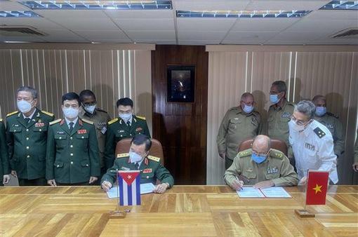 Cuba tặng Việt Nam 150.000 liều vaccine COVID-19 Abdala, cùng ký kết kế hoạch hợp tác quốc phòng