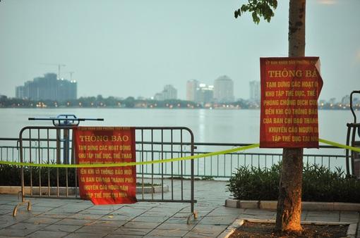 [Infographic] Các hoạt động tiếp tục tạm dừng tại Hà Nội từ 6h ngày 21/9