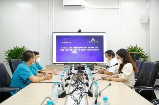 Trao tặng máy tính và hệ thống máy chủ cho bệnh viện Đại học Y Hà Nội
