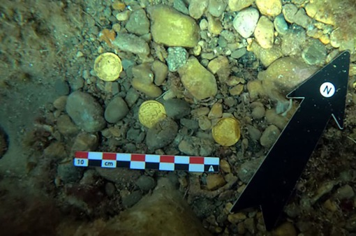 """Phát hiện """"kho tiền cổ"""" 1.500 năm tuổi có giá trị khổng lồ"""