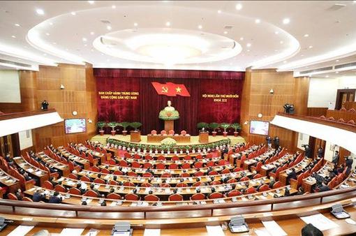 Bộ Chính trị: Khuyến khích và bảo vệ cán bộ năng động, sáng tạo vì lợi ích chung