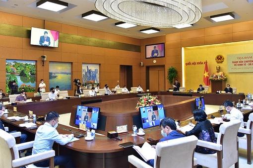 Nguy cơ mất điểm sao, chuyên gia đề xuất 3 giai đoạn phục hồi kinh tế Việt Nam