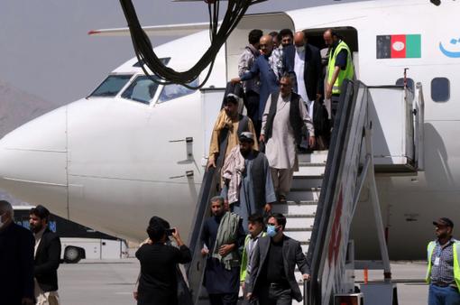 Taliban kêu gọi nối lại các đường bay quốc tế đến Afghanistan