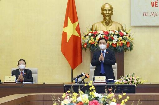 Chủ tịch Quốc hội Vương Đình Huệ chủ trì Tọa đàm tham vấn chuyên gia về kinh tế - xã hội