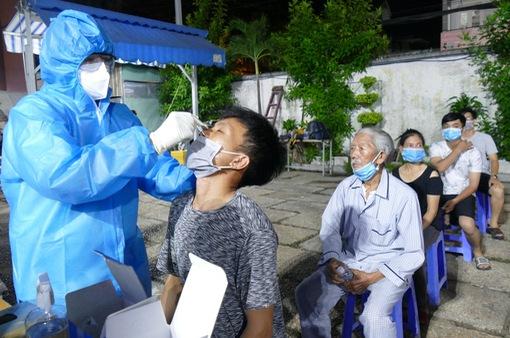 Quận Gò Vấp và Phú Nhuận đạt 6/6 tiêu chí kiểm soát COVID-19 của Bộ Y tế