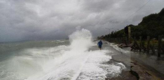 Diễn biến thời tiết xấu tại nhiều vùng biển trên cả nước