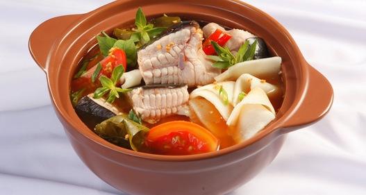 Sự kết hợp tuyệt vời của món cá đuối nấu măng chua