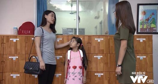 Những người nhiều chuyện - Tập 14: Hết mẹ vợ lại đến cô giáo của con gái phá chuyện tình yêu của Phong (Thanh Sơn)