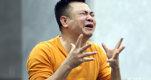 Táo Tự Long mếu máo khóc vì kỳ tích lịch sử của U23 Việt Nam