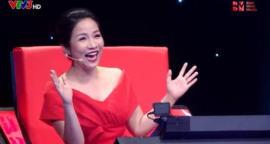 Mỹ Linh với khoảnh khắc siêu đáng yêu ở Ban nhạc Việt