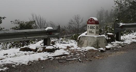 Bắc Bộ rét đậm, tuyết rơi ở Sa Pa