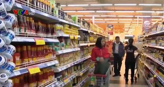 Hàng Việt thu hút người tiêu dùng dịp Tết