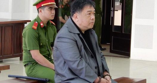 Người nhắn tin đe dọa Chủ tịch UBND TP Đà Nẵng hầu tòa