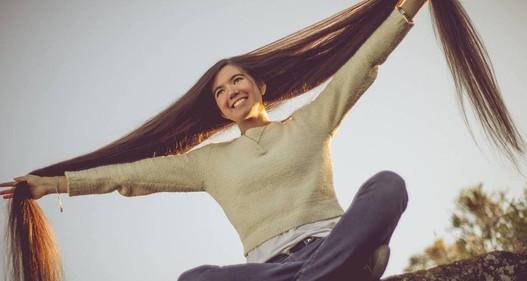 Thiếu nữ 17 tuổi xác lập kỷ lục thế giới với mái tóc dài 1,52 mét