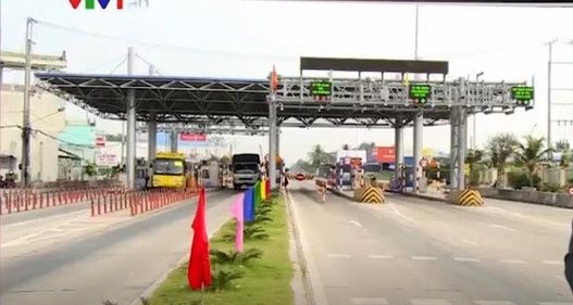 Cấm dừng xe quá 5 phút tại trạm BOT: Chuyên gia giao thông nói gì?
