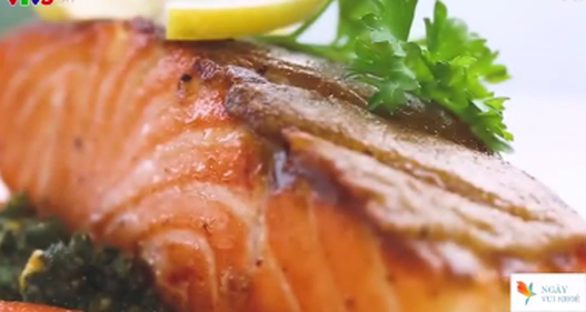 Cách làm cá hồi sốt pesto thơm ngon lạ miệng