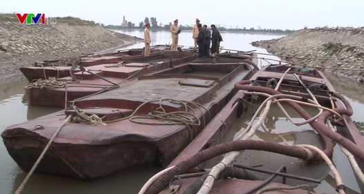CSGT Ninh Bình tăng cường tuần tra, chống khai thác cát lậu