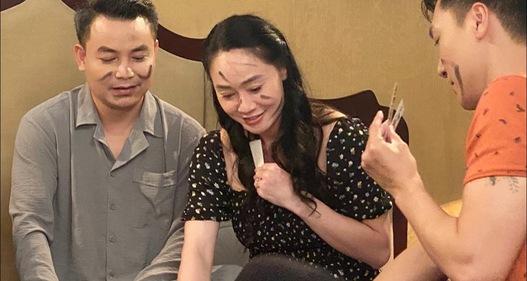 Hương vị tình thân: Sau cú tát thứ 2 gây tranh cãi của ông Khang, bà Xuân thành dâu thảo vợ hiền?