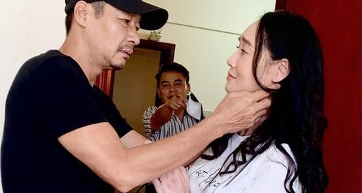 Hương vị tình thân: Bà Xuân cố tình thân mật với ông Sinh cho chồng tức nổ mắt