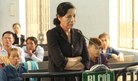 Nhận hối lộ 80 triệu đồng, nguyên Phó Chánh án bị phạt 12 tháng tù giam