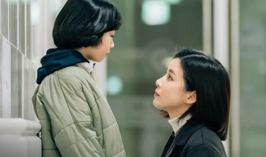 """Phim Hàn Quốc """"Mother"""" kết thúc với rating dẫn đầu"""