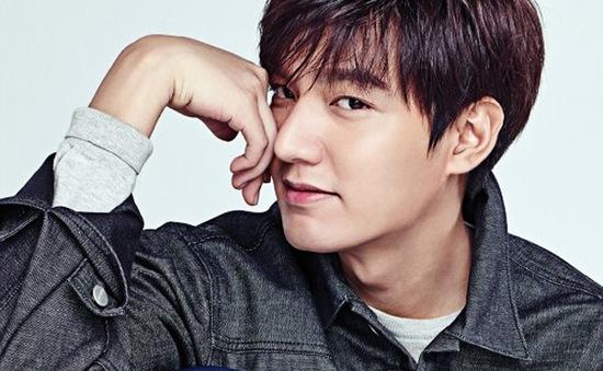 """Lee Min Ho """"đốn tim"""" fan nữ trong loạt ảnh mới"""