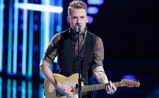 """The Voice Mỹ: """"Át chủ bài"""" đội Adam bất ngờ bị loại"""