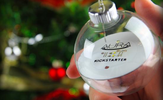 """Aura - Đèn """"không dây"""" trang trí cây thông Noel"""