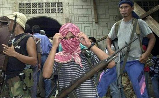 Philippines truy lùng phiến quân đe dọa giết con tin người Đức