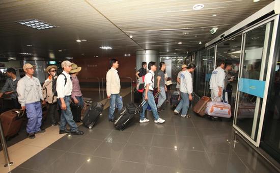 Hoàn tất sơ tán lao động Việt Nam tại Libya về nước