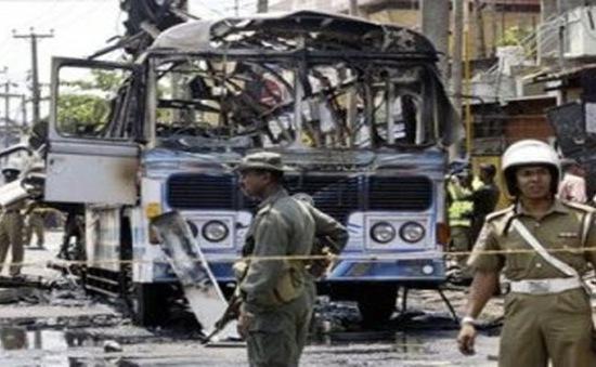 Đánh bom xe tại Philippines, 10 người thiệt mạng