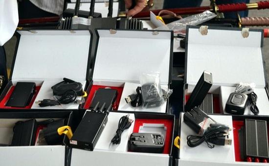 Tràn lan thiết bị phá sóng hộp đen rao bán trên mạng