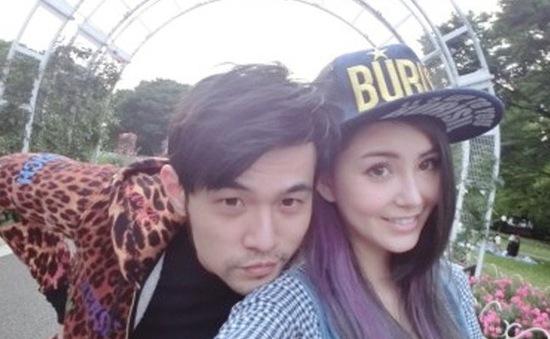 Châu Kiệt Luân cầu hôn bạn gái ở London